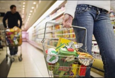 Ônibus e tomate derrubam inflação