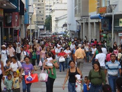 Comércio pode fechar 2012 com alta de 9,1%, diz CNC