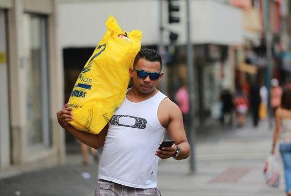 Em Campinas, o comércio abriu no feriado de Tiradentes para aumentar o faturamento
