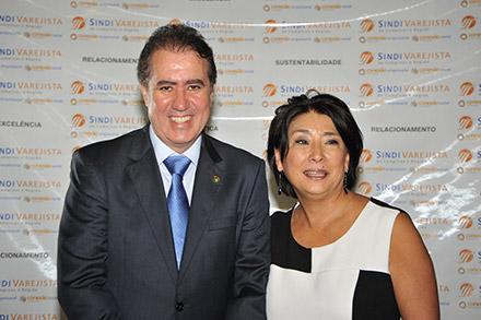 Jonas Donizette e Sanae Saito