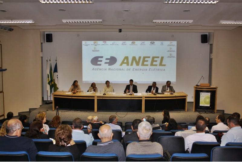 SindiVarejista participa de encontro na Aneel e faz reivindicações