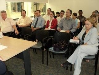 Assembleia no Sindivarejista reúne representantes do setor