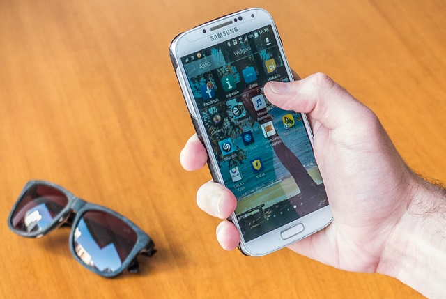 Crescem as vendas realizadas por meio de celulares e dispositivos móveis