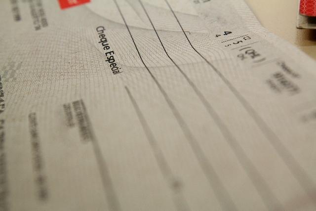 Volume de cheques sem fundos no primeiro semestre foi o maior desde 2009