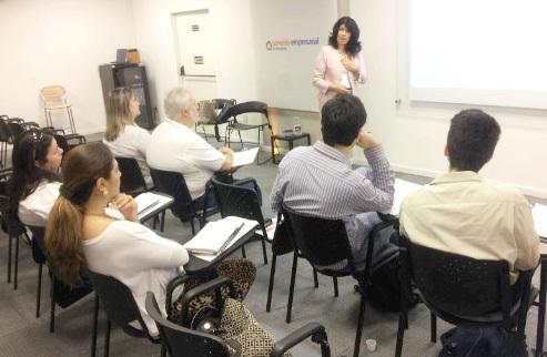 Avaliação de Desempenho fecha Ciclo de Debates em RH no Sindivarejista