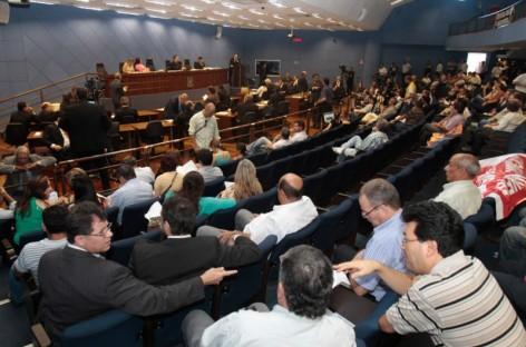 Vereadores aprovam taxa de alvará anual proposta pela Prefeitura