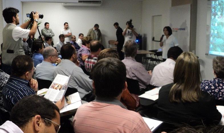 Palestra 'E-Commerce no Varejo' atraiu 40 pessoas ao Sindivarejista