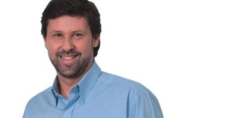 Deputado federal Carlos Sampaio apoia desburocratização para o comércio