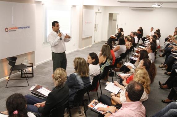 Cerca de 50 participam de curso de extensão; 2ª aula será nesta 5ª