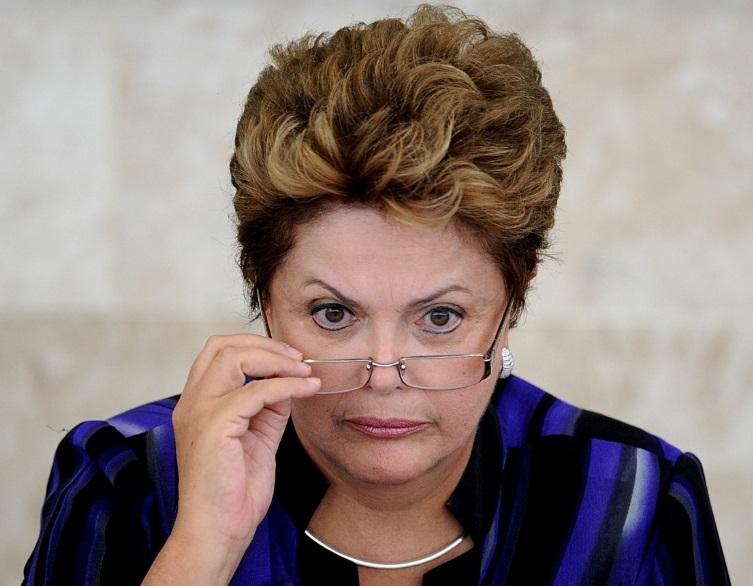 Dilma sanciona MP que limita acesso ao seguro-desemprego