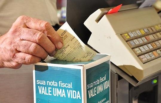 Comerciantes ajudam entidades com doação de Nota Fiscal
