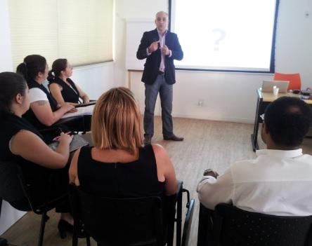 Marketing de Serviço aos Clientes é tema de aula no Sindivarejista