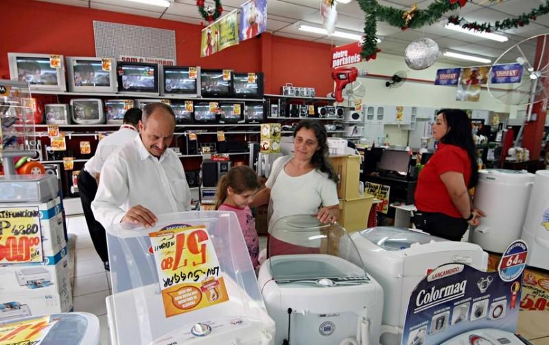 Consumidor ainda prefere comprar em lojas física ao e-commerce