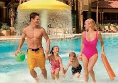 Santorini cria promoção onde criança viaja de graça nos fretamentos