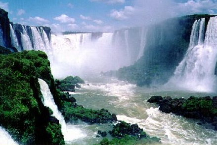 Santorini lança promoção para Foz do Iguaçu para representados do Sindivarejista