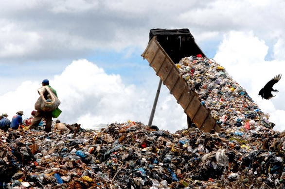 Blog do Julio fala sobre o prazo para o fim dos lixões que termina em agosto