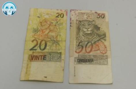 Procon de Campinas vai multar banco que não trocar nota manchada