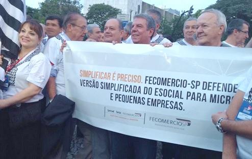 'Brasil Eficiente' faz propostas a candidatos e Carta do Povo Brasileiro