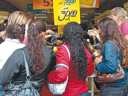 Serviços e Varejo têm o melhor desempenho em 2011