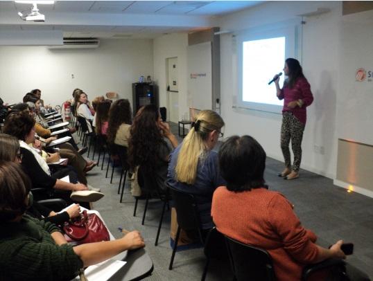 Empreendedorismo feminino reúne mulheres na sede do sindicato