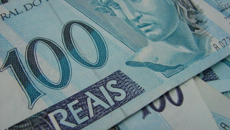 Crise econômica: Após 21 anos nota de R$ 100 vale R$ 19,90, segundo levantamento