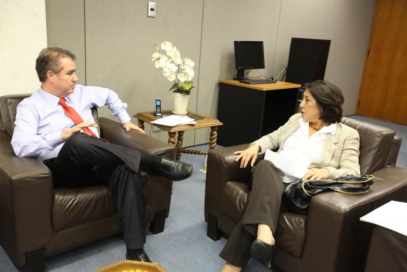 Sanae Saito visita Jonas Donizette e fala de preocupações do varejo