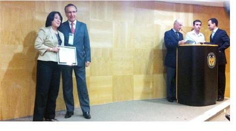 Sindivarejista é homenageado em entrega de prêmio da FGV