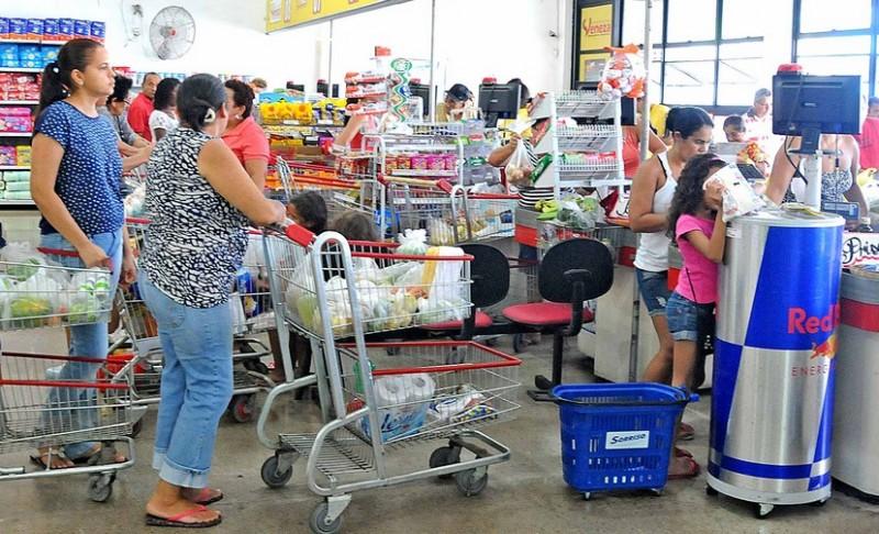 Abras: inflação e renda podem afetar vendas nos supermercados no 2º semestre