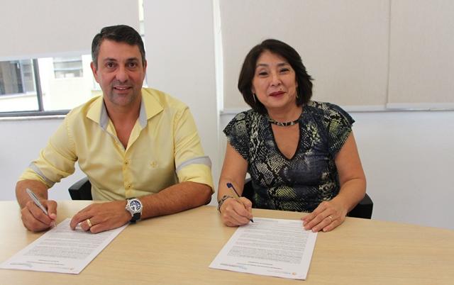 Sindicatos assinam Convenção para município de Holambra