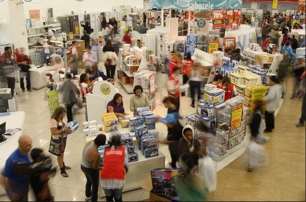 Shoppings e varejistas buscam soluções para manter ritmo de vendas