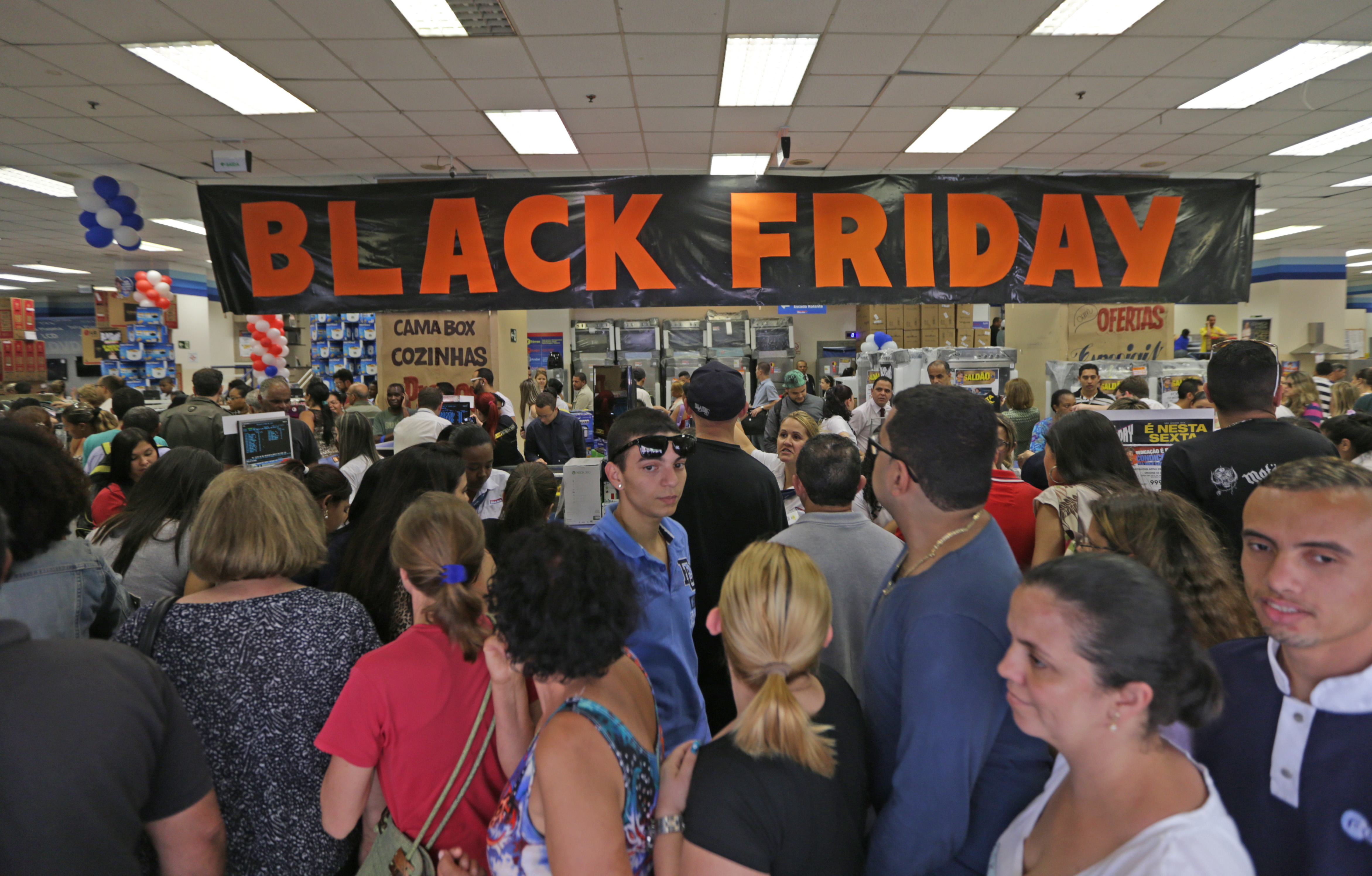 Black Friday 2015 supera previsões e fatura R$ 1,5 bilhão no país