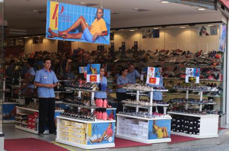 Queda nas vendas é destaque na Rádio Bandeirantes
