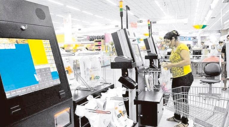 Supermercado Enxuto testa máquinas de autoatendimento