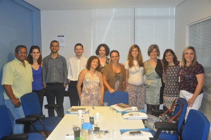 Grupo reunido na primeira reunião de 2016. Foto: Divulgação.