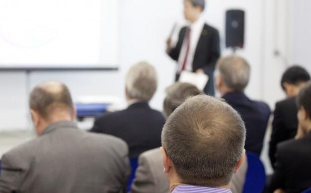 Cinco erros de empresas ao treinarem seus vendedores