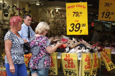Vendas do Dia das Mães devem cair 6% neste ano, aponta Fecomercio