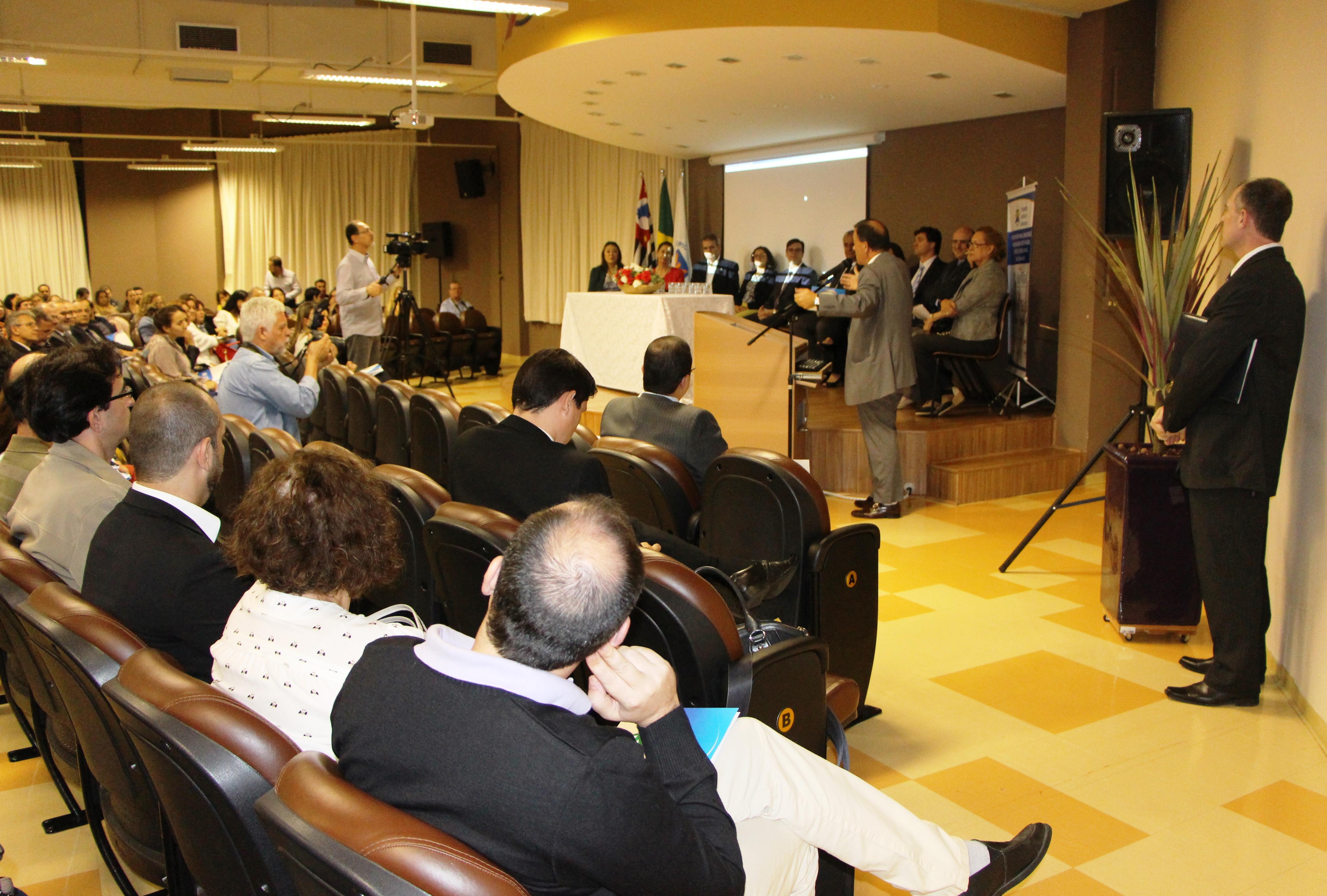 SindiVarejista participa de capacitação de professores do programa TJC