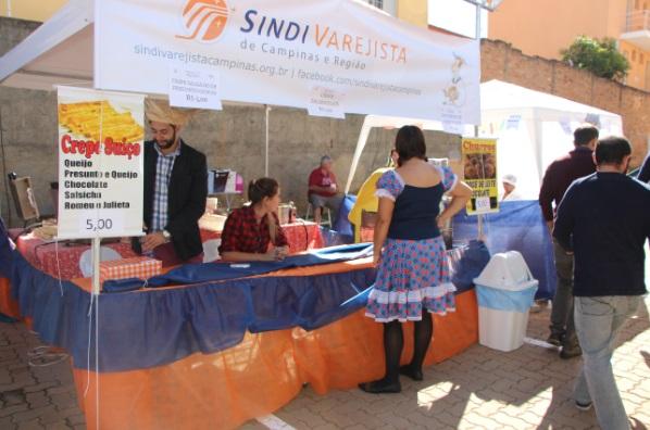 SindiVarejista participa de festa junina beneficente do Sescon