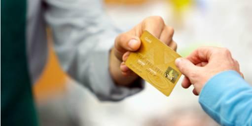 Transação com cartão reduz até 24% do lucro da empresa. Saiba o que fazer