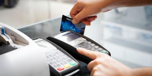 Como o custo do cartão espreme o lucro do pequeno varejo