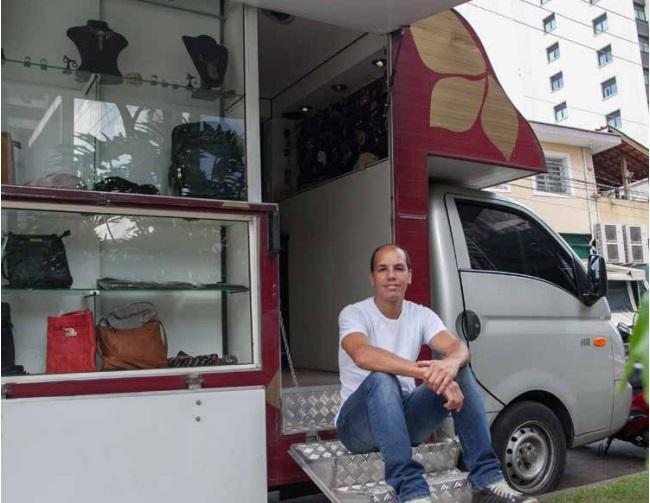 Empreendedorismo: conheça os fashion trucks – lojas móveis de roupas e acessórios