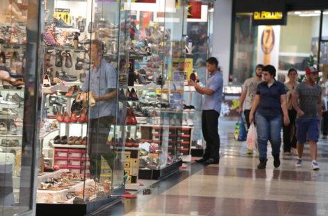 Varejo elimina vagas de emprego e registra segundo pior desempenho do Estado