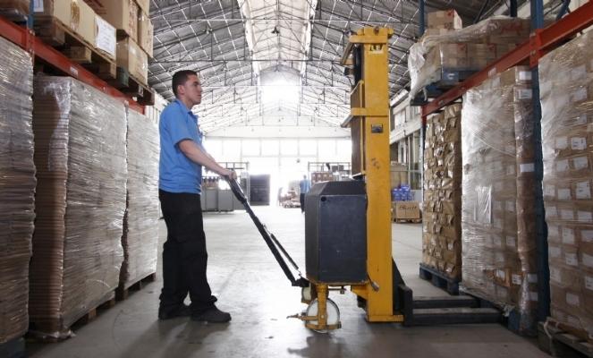 Produtos em estoque: confira dicas de como movimentar o negócio