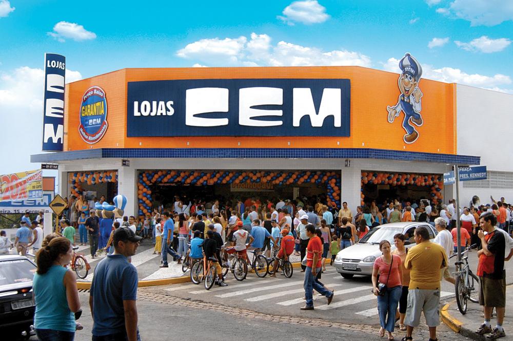 Crise leva Lojas Cem a reduzir 27% o quadro de funcionários