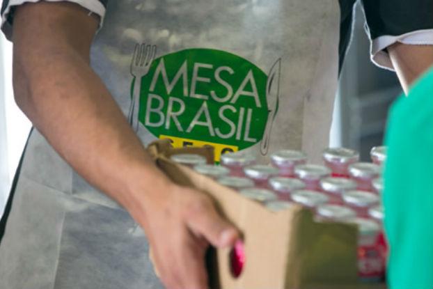 Mesa Brasil Sesc distribui mais de 30 mil toneladas de alimentos em 2016