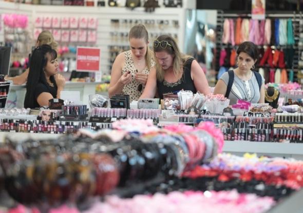 CBN: Expectativa de vendas para Dia das Crianças