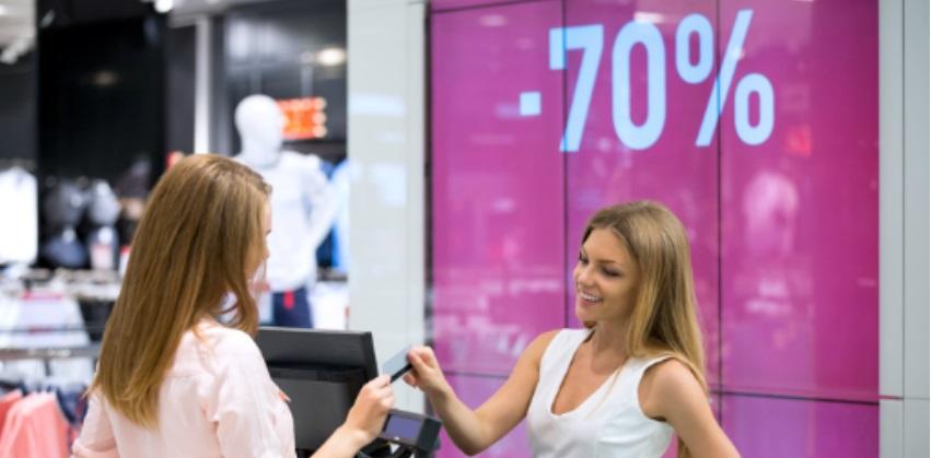 Varejo prepara ofertas para aproveitar dinheiro do FGTS