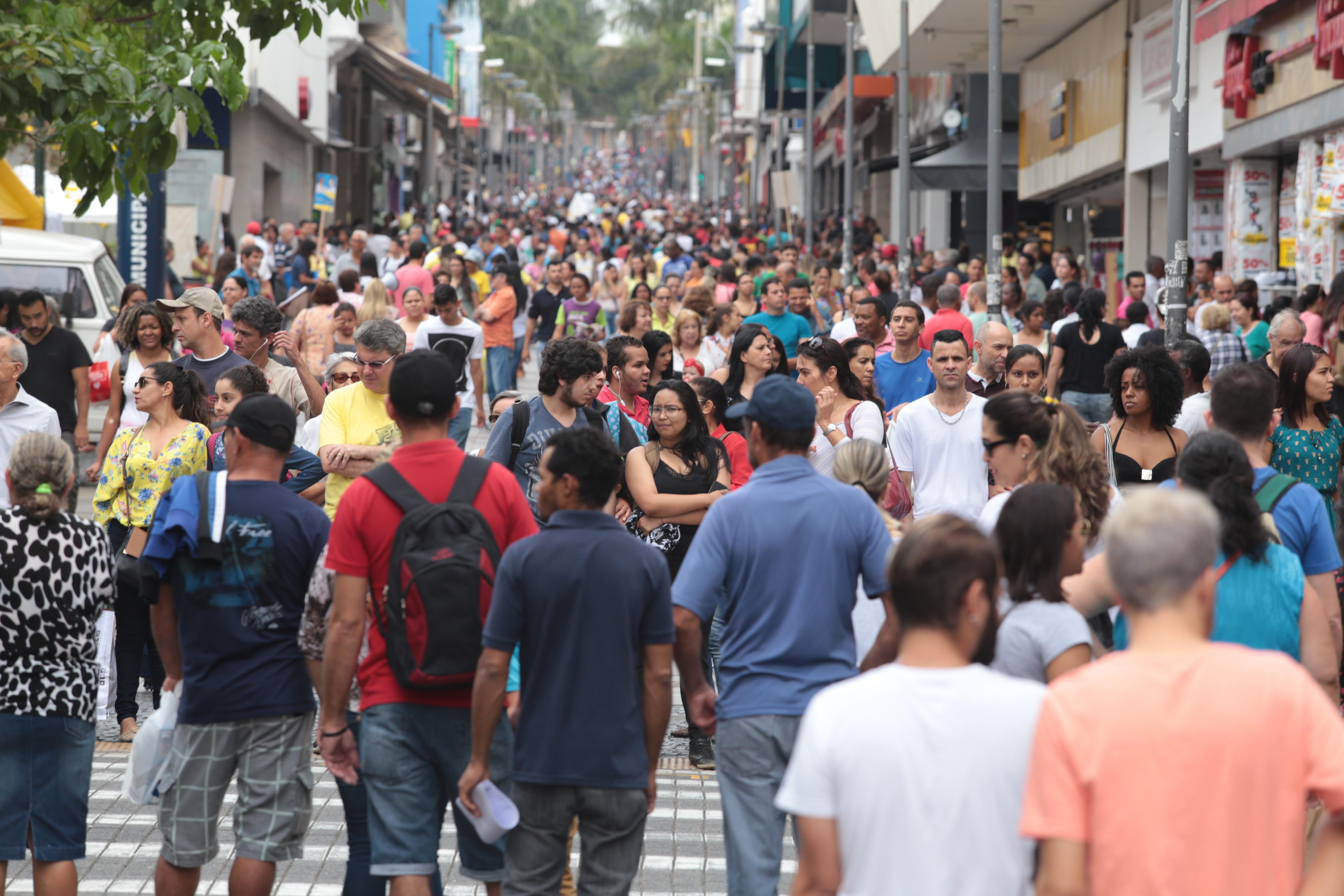 Vendas do varejo no Dia dos Pais faturam R$ 280 milhões a menos que em 2016