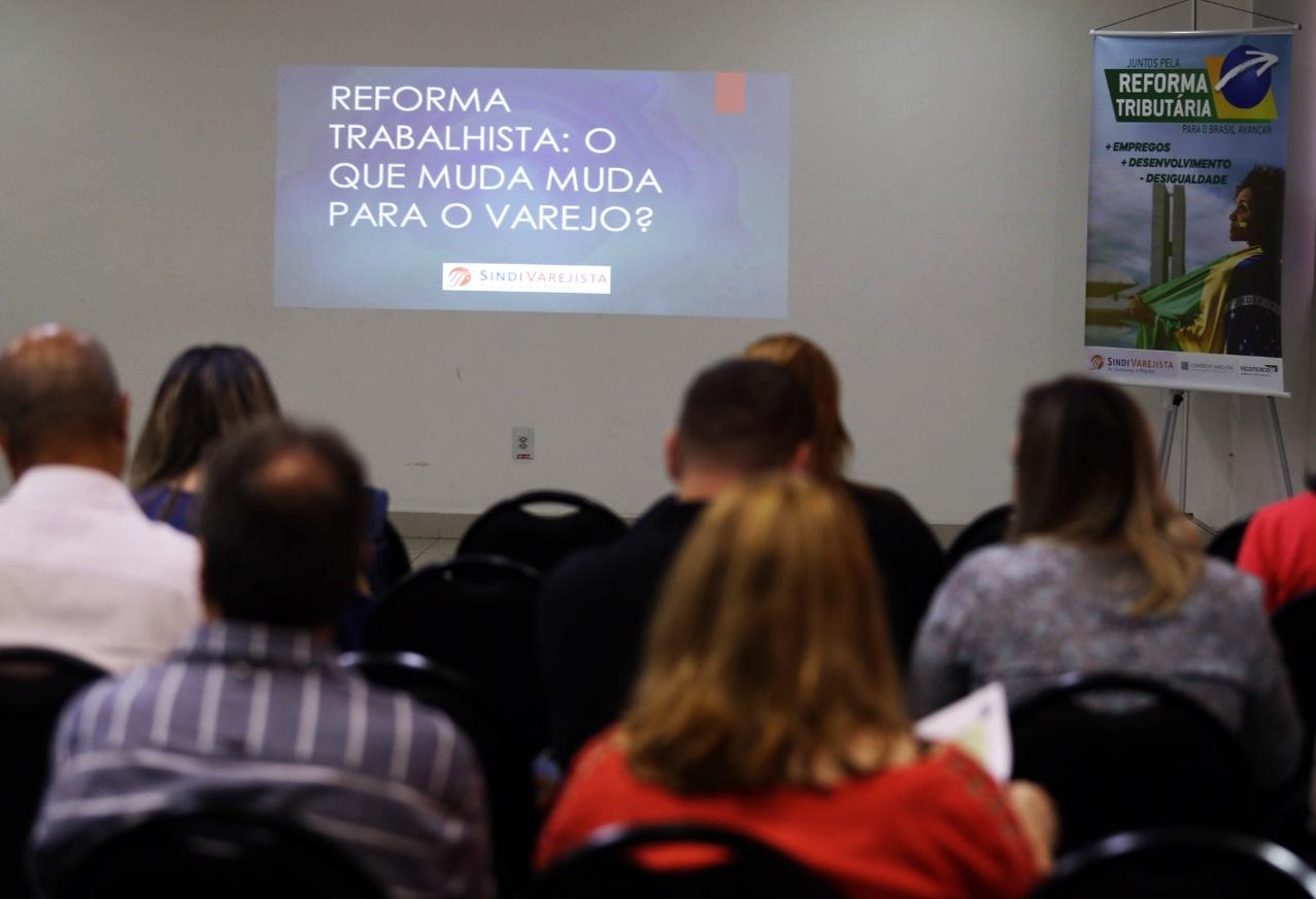 SindiVarejista esclarece dúvidas sobre a Reforma Trabalhista em Indaiatuba