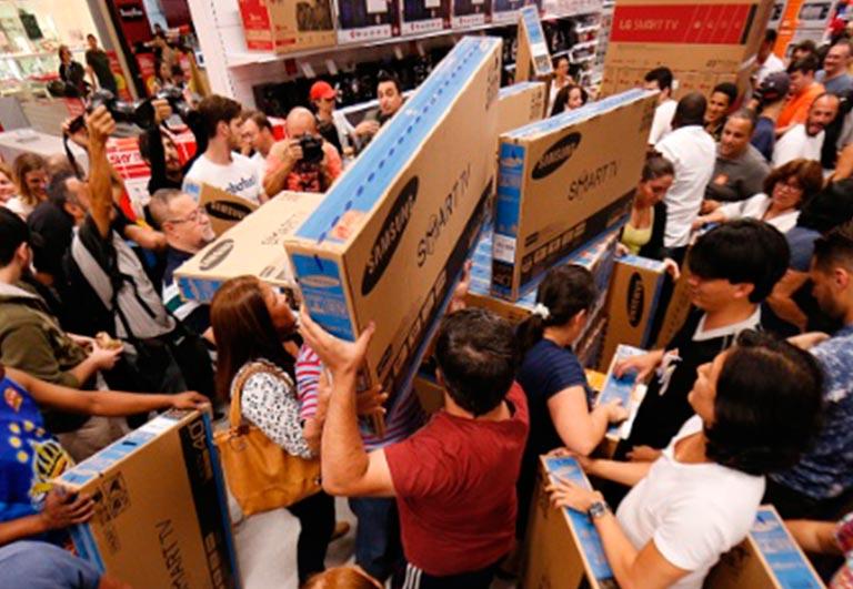 Consumidores estão dispostos a gastar mais de R$ 1 mil na Black Friday